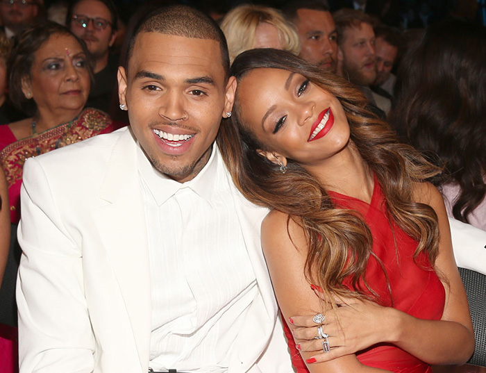 Chris Brown – Put It Up feat Rihanna
