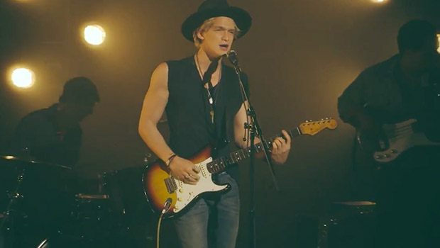 Cody Simpson – New Problems