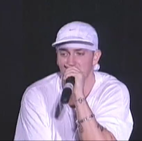 Eminem – Business (Live – Generic Performance))