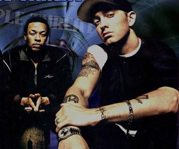 Dr. Dre – I need a doctor (Ft. Eminem)