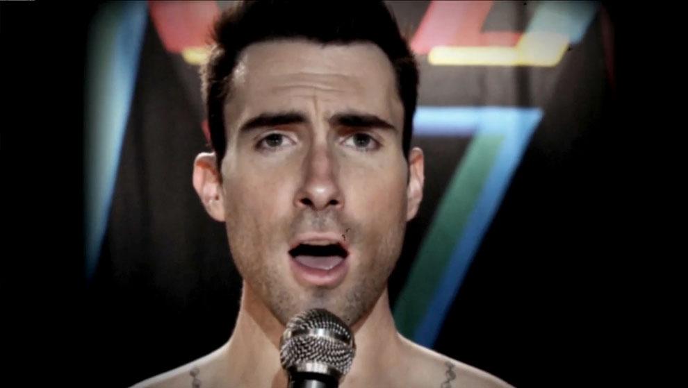 Maroon 5 – Moves Like Jagger (ft. Christina Aguilera)