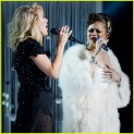ellie-goulding-andra-day-grammys-2016-performance