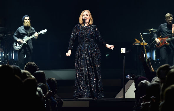 Adele-490400