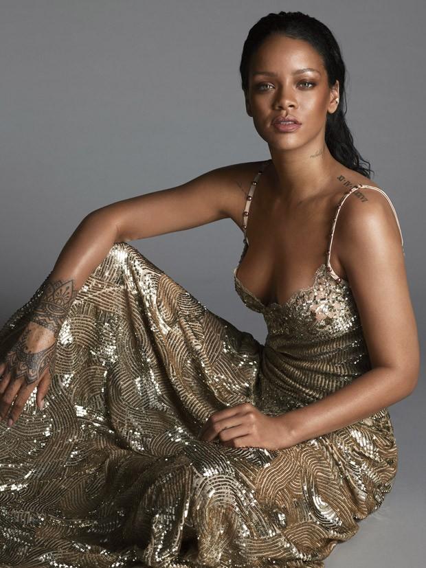Rihanna Vogue 5