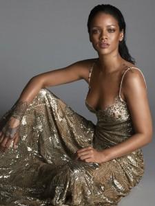 Rihanna-Vogue-US-Mert-Marcus-03-620x827