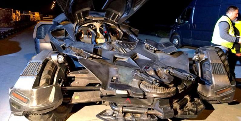 batmobile-3-kopruden-gecti