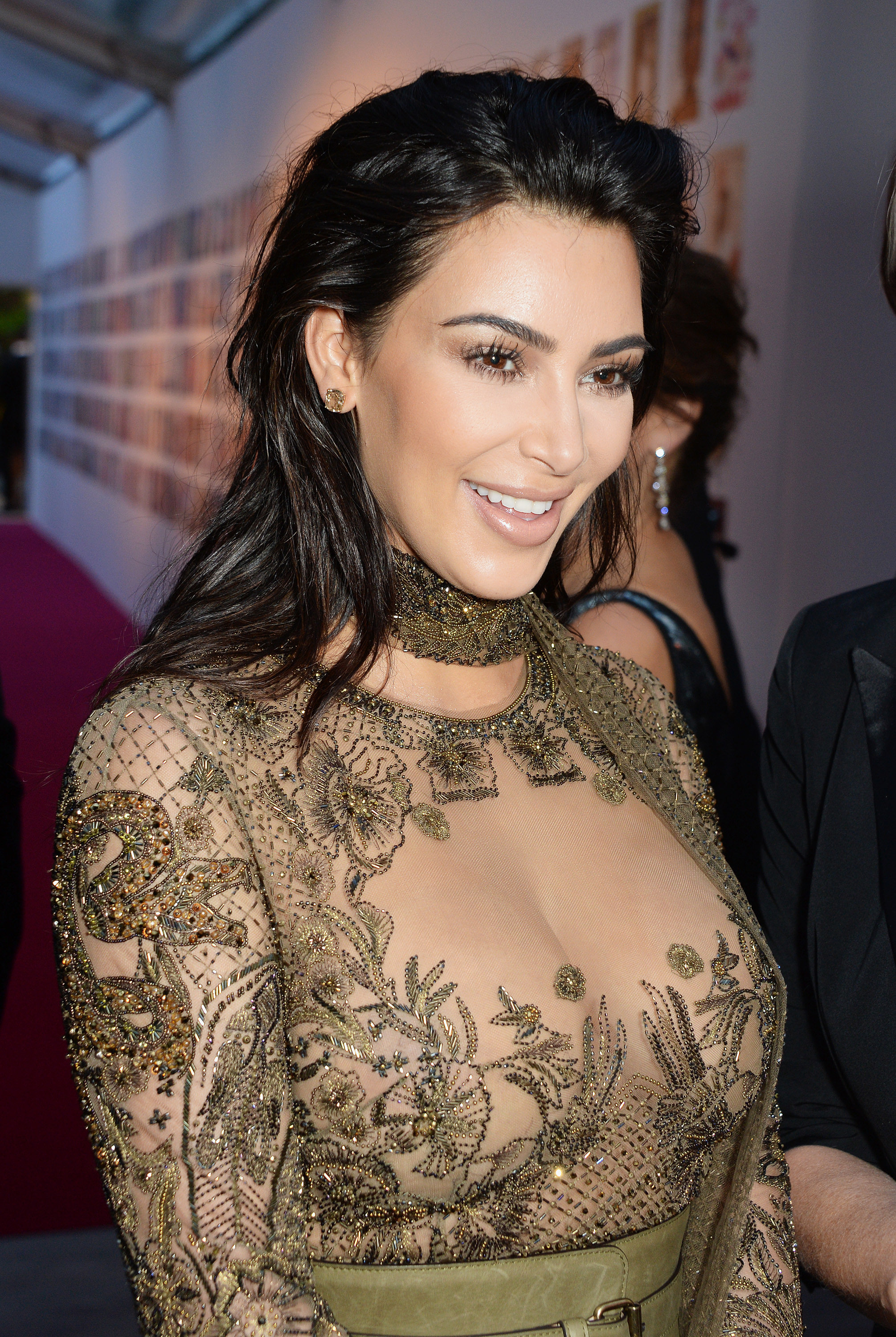 Kim-Kardashian-Kanye-West-Vogue-100-Gala-Dinner-2016