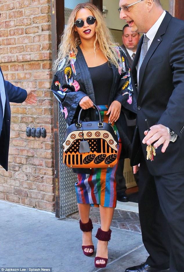 Beyonce-Flintteki-Su-Felaketinden-Etkilenen-Kurbanlar-İçin-Bağış-Topladı-1