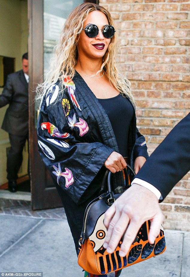 Beyonce-Flintteki-Su-Felaketinden-Etkilenen-Kurbanlar-İçin-Bağış-Topladı-2