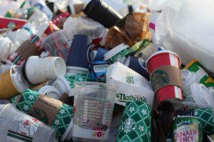 AB'den tek kullanımlık plastik ürünlere yasak