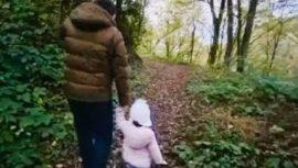 Tarkan ve kızının orman yürüyüşü
