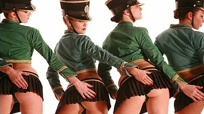 cheerleders nude 1972 move