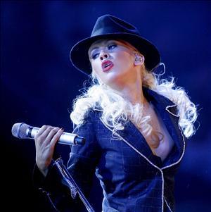 Christina Aguilera – At last
