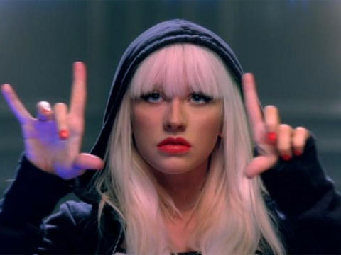 Christina Aguilera – Keeps getting better