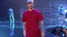 Justin Bieber – What Do You Mean (Perform at MTV-EMA)