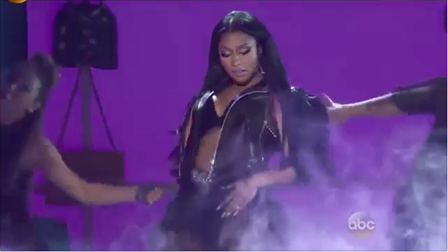 Nicki Minaj & David Guetta – Billboard Music Awards Live Performance