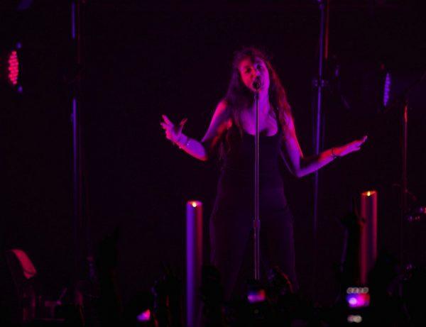 lorde-concert-perth-australia-05