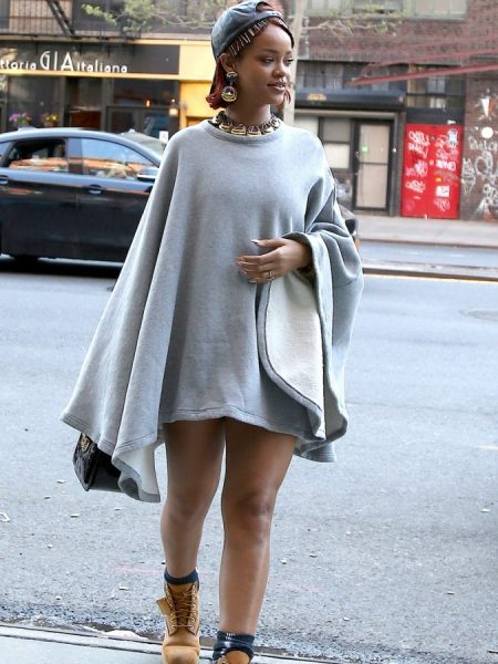 rihanna-pokies-in-a-pancho-with-no-pants-07-675x900