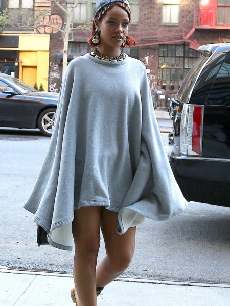 rihanna-pokies-in-a-pancho-with-no-pants-08-675x900