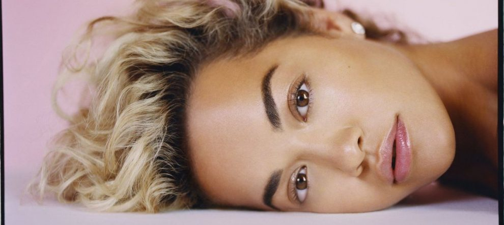 Rita Ora 'Phoenix' Albümünün Kapağını Yayınladı