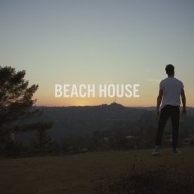 The Chainsmokers – Beach House