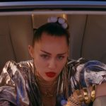 Mark Ronson – Nothing Breaks Like a Heart ft. Miley Cyrus