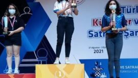 Satranç Dünya Şampiyonası'na adını yazdırdı